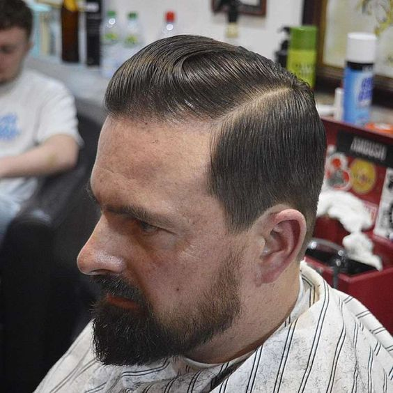 Optimum Receding Hairline  Hairstyles :  This the best, simple and most decent hairstyle for receding hairline. It is suitable for men of all ages. But with beard it looks more stylish, aggressive and cool.