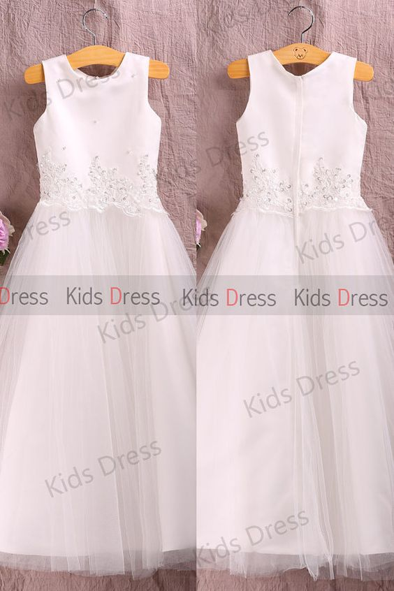 A-line Scoop Sleeveless Floor-length Tulle Flower Girl Dress With Applique