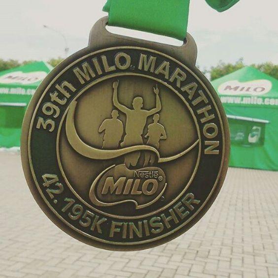 Great medal by @markksy  #instamedals #instarunners #runnersworld #runners #running #run #marathonmedal #marathon #moscowmarathon #berlinmarathon #frankfurtmarathon #ergowhitenights #музыкальныйполумарафон by instamedals