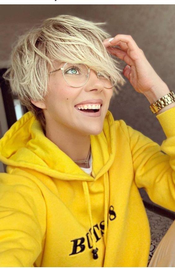 Kurzhaarfrisuren damen blond mit brille