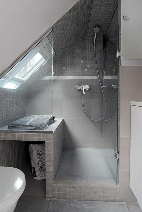 Badezimmer » Kleine Badezimmer Mit Schräge - Tausende Fotosammlung ... Badezimmereinrichtung Schrge