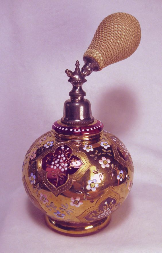 Cranberry Victorian Atomizer Perfume Bottle w/ Original Net on Bulb