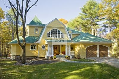 Best Yellow House Green Roof Yellow House Love Pinterest 400 x 300