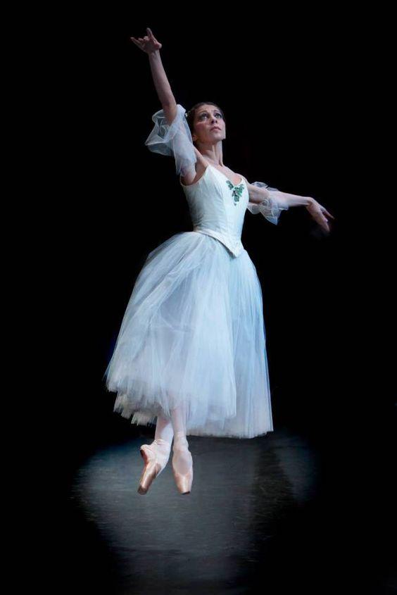 """Suzanna Kaic, """"Giselle"""", Het Nationale Ballet Dutch National Ballet. ✯ Ballet beautie, sur les pointes ! ✯"""