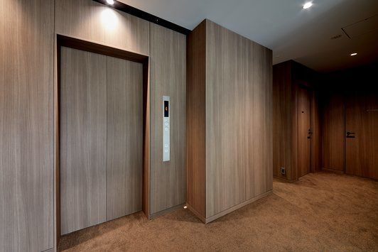 東京都 三千和商工本社ビル 使用品番 Dw 1898mt 3m ダイノック 住友不動産 オフィス