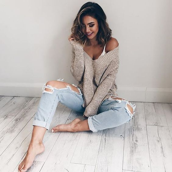 Our 'With Conviction Knit' is definitely a favourite for the cooler weather! ✨ Pair it with our 'Django Boyfriend Jeans'  for a super cute outfit!  Shop now via the link in our bio  #showpo