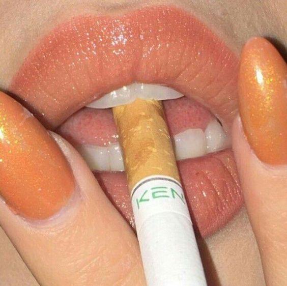 #cigarrete #grunge #aesthetic #orange #lips #nails #orangenails #lips #injectablelipfiller #lipfiller #filler #lipstick #lipgloss