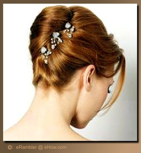 French Roll Hair Style Pleasing How To Make An Easy French Twist Updo  French Twists Updo And .