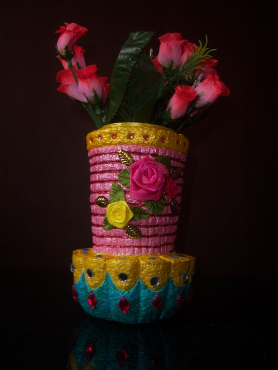 how to make a paper mache vase