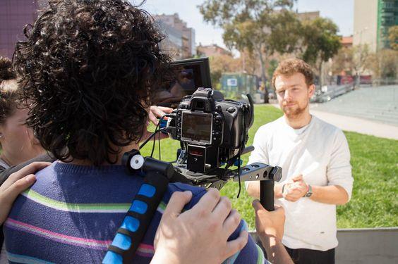 2ª del Graduado de Fotografía. Video DSLR. Entrevistas. Exteriores.  Os dejamos toda la información sobre este graduado en este enlace: http://bit.ly/1ctpSxH