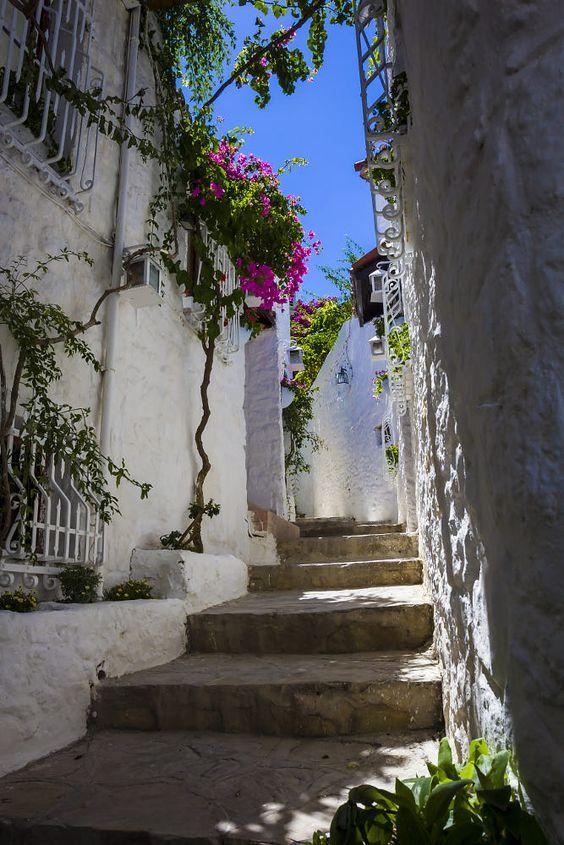 Marmaris old city by Emrah Selamet - Photo 75281493 / 500px