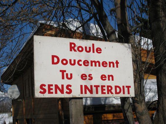 Panneaux de signalisation drôles:
