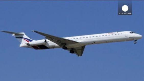 Un oficial de la aviación argelina asegura que el avión de Air Algerie desaparecido se ha estrellado