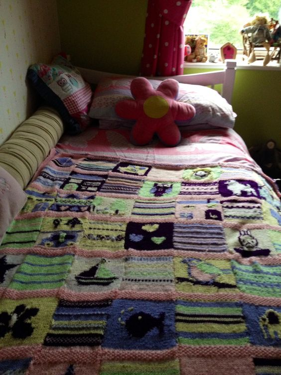 Child's knitted blanket