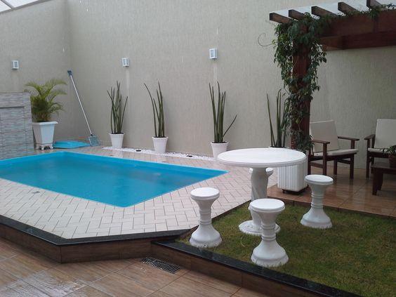 Area de lazer com churrasqueira e piscina de fibra - Decoracion piscinas pequenas ...