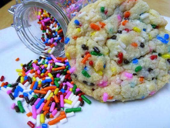 cake batter cookies: Baking Powder, Funfetti Cake, Yummy Food, Cake Batter Cookies, Sweet Treats, Cake Mix Cookies, Vanilla Cake Mixes, Color Sprinkles
