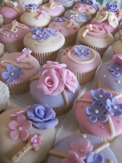 Pink & Mauve cupcakes