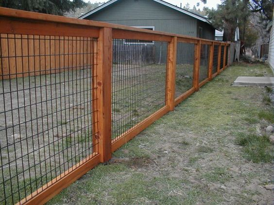 how to put up hog wire fence
