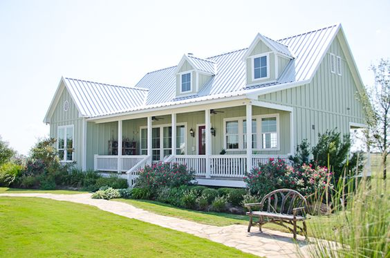 Texas Casual Cottages Cottage 18 House Paint Color