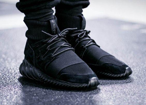 Adidas Tubular Doom Blackout