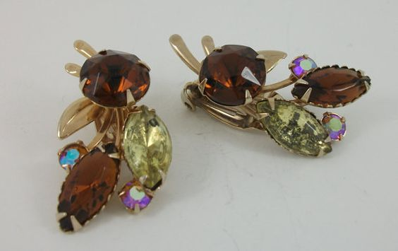 Vintage Amber Toned Crystal Earrings Peridot by RoseannaVintage