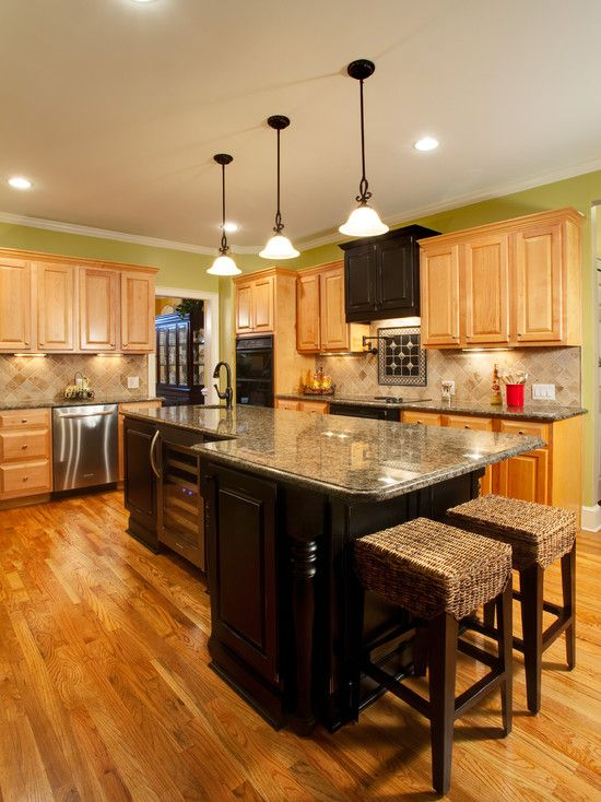 Design In Wood What To Do With Oak Cabinets: Cabinet Combo: Black And Light. Island Shape. Black Hood