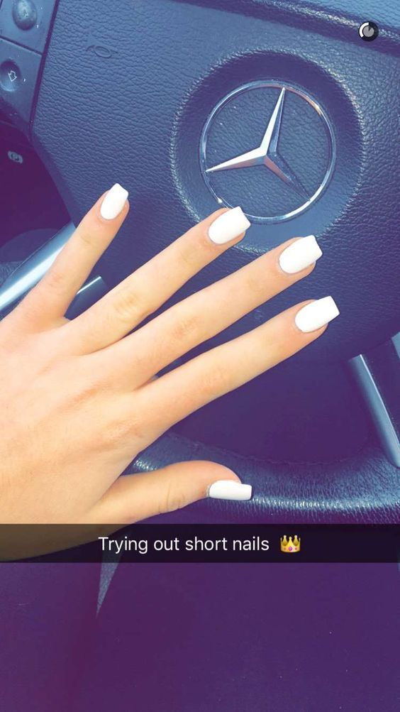 Short White Acrylics Are You Looking For Short Square Almond Round Acrylic Nail Design For Fall Rounded Acrylic Nails Square Acrylic Nails White Acrylic Nails