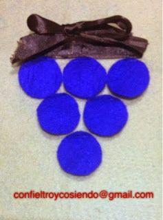 Con fieltro y cosiendo y mucho más: Racimo de uvas en la fiesta de los meses creativos...