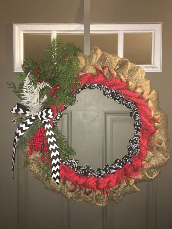 My DIY Christmas burlap and ribbon wreath