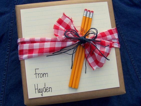 teacher gift wrapping