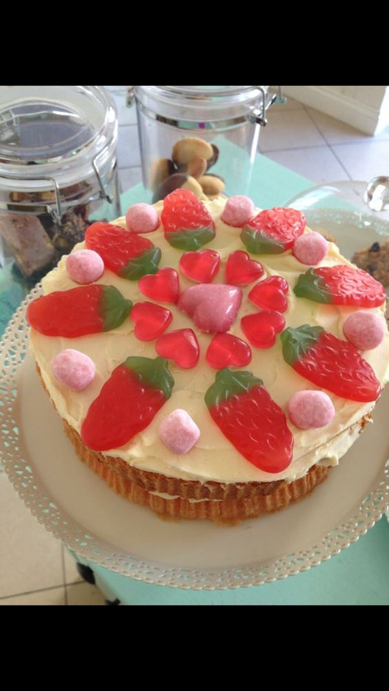 Sweetie topped cake