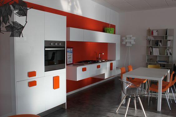 Scic cucine d\'Italia, mod. Solobianco | OG arredo showroom ...