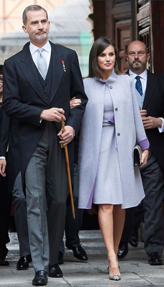 23 04 2019 King Felipe Vi And Queen Letizia Of Spain Attended 2018 Miguel De Cervantes Literature Award In Spanish Language C Queen Letizia Fashion Royal Queen