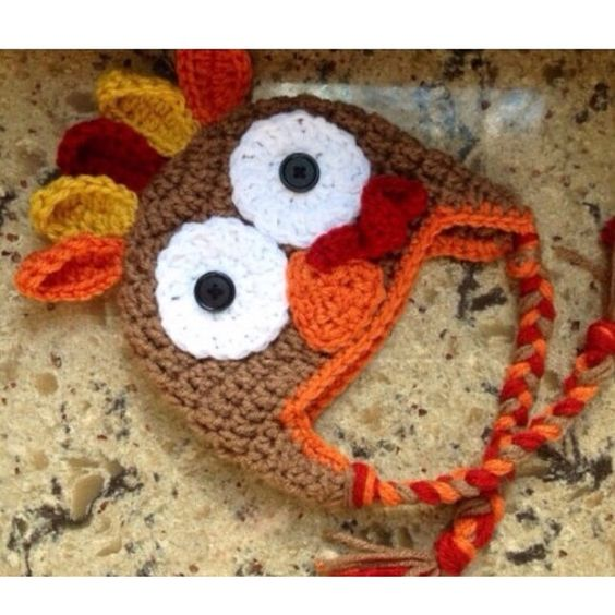Turkey hat Two versions light brown and dark brown ❄️❄️Holiday editions : Rule - as we get closer to thanksgiving and christmas prices will go up so get them now :)  ❄️sizes range by age smoke free house handmade   rush orders are 3 dollars extra but ur order gets pushed to the front   earflaps and tassels are an extra 4 (only applies to items that DONT already have earflaps and tassels )   Enjoy the holidays :) and questions lmk Other