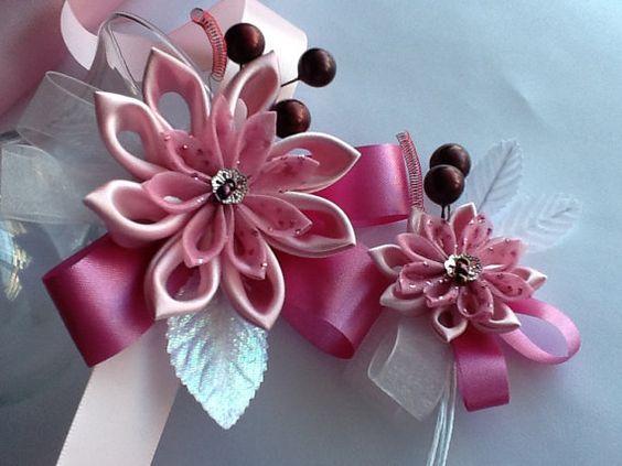 Corsage et boutonnière - fleurs Kanzashi rose foncé rose fleurs de mariage