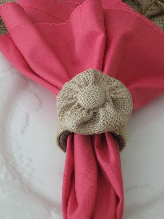 Burlap Napkin Rings - Uncommon Designs... I wish they'd give you the directions for making these though!