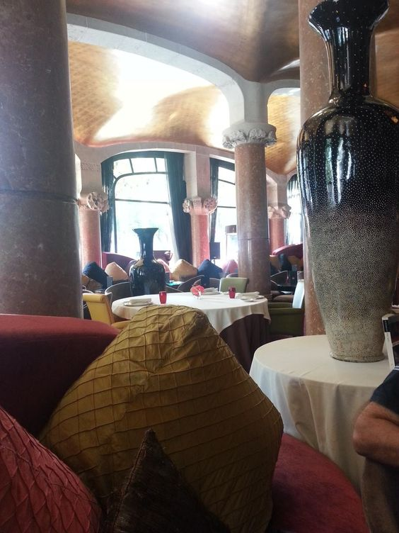 Cafetería y restaurant de Casa Fuster, Barcelona.