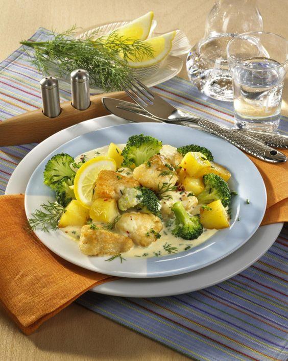 Unser beliebtes Rezept für Fisch-Kartoffelpfanne in Senfsoße und mehr als 55.000 weitere kostenlose Rezepte auf LECKER.de.