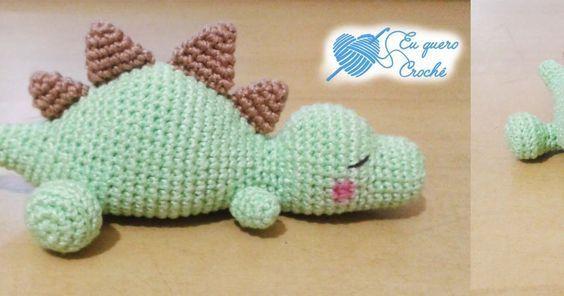 Amigurumi de dinossauro baby feito de crochê   Receitas de ...   296x564