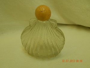 SEA SHELL!  AVON DECANTER!  EMPTY!  UNKNOWN EXACT VINTAGE! *SIMPLY A NICE AVON COLLECTIBLE, OR PERHAPS, SOMETHING THAT YOU CAN REPURPOSE!
