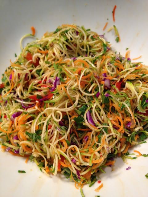 Living Vegan, Mostly Raw and Loving Life: Raw Asian Noodle Salad