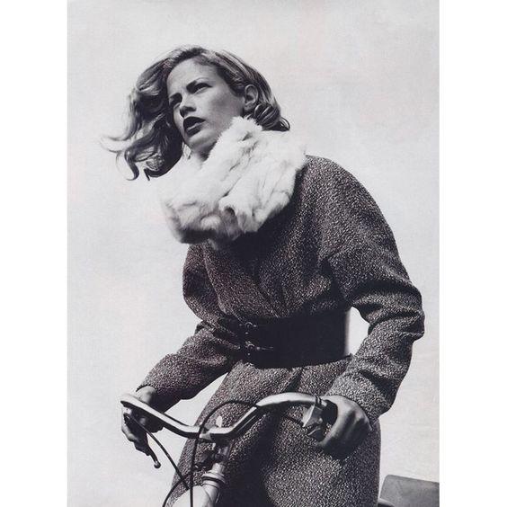 Winer style inspiration. Carolyn Murphy.  #cyclestyle #fashion #aw16 #inspiration