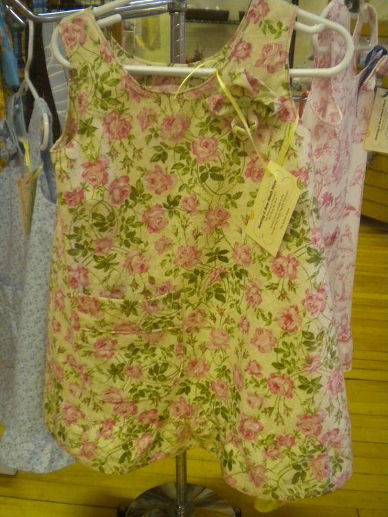 old rose vintage fabric pattern