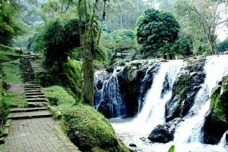 26 Gambar Pemandangan Alam Jawa Barat 87 Tempat Wisata Di Jawa Barat Yang Wajib Dikunjungi Saat Download Gambar Gambar Pemandangan Di 2020 Pemandangan Tempat Alam