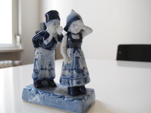 https://www.ebay-kleinanzeigen.de/s-anzeige/delfter-porzellan-figur/446431234-246-3530