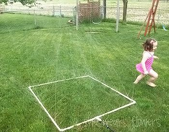 Irrigando ou brincando? Uma dica prática e divertida para o jardim | Vila do Artesão