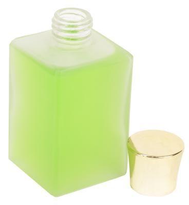 Como fazer seu próprio óleo perfumado de pérola branca | eHow Brasil
