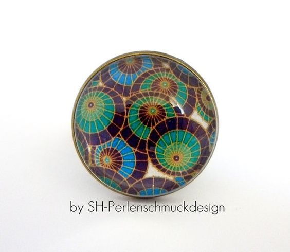 Bronze coloured vintage ring Vintage Circles