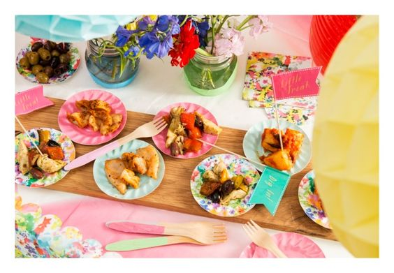 Gardens paper and summer on pinterest for Summer canape ideas