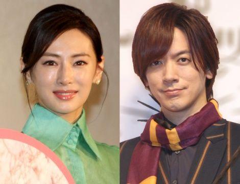 女優の北川景子(33)が22日、公式サイト内のブログを更新し、第1子妊娠を正式に発表した。今秋の出産を予定しているという。夫で歌手のDAIGO(42)も自身のブログで「しっかりと支えていきたい」と決意をつづっている。 北川は「一部報道にありました通り、私は現在第一子を妊娠中です。順調にいけば今秋、出産...